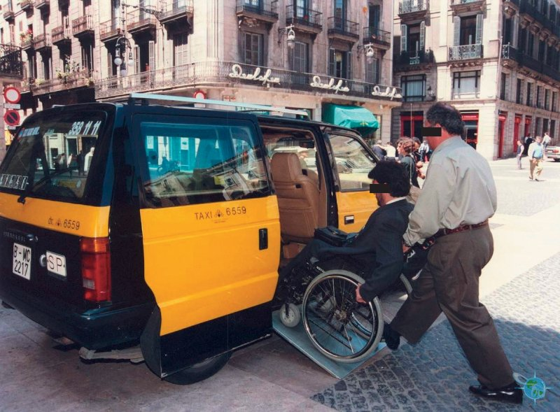 Traveling barcelona spain in a wheelchair - Cab in barcelona ...