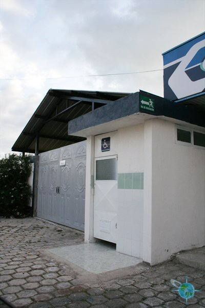 ecuador_public_bathrooms1
