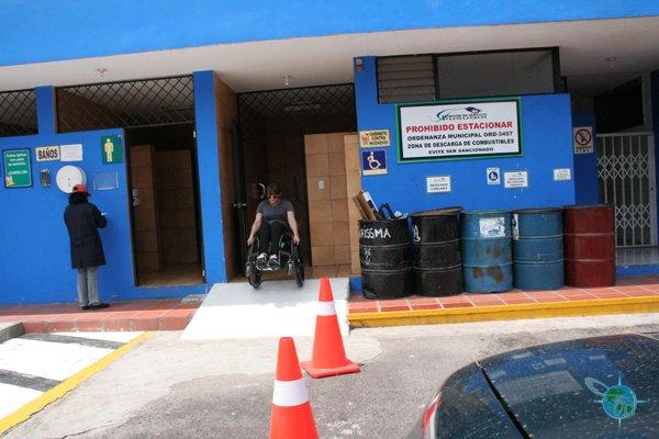 ecuador_public_bathrooms2