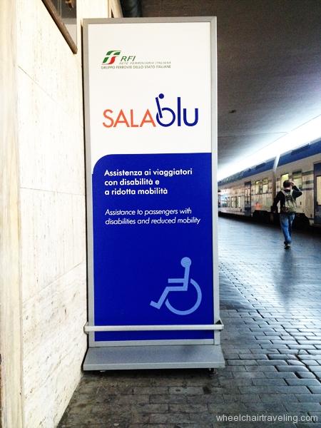 small_ItalyAccesssignage