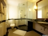 Hotel Grand Dragon Bathroom
