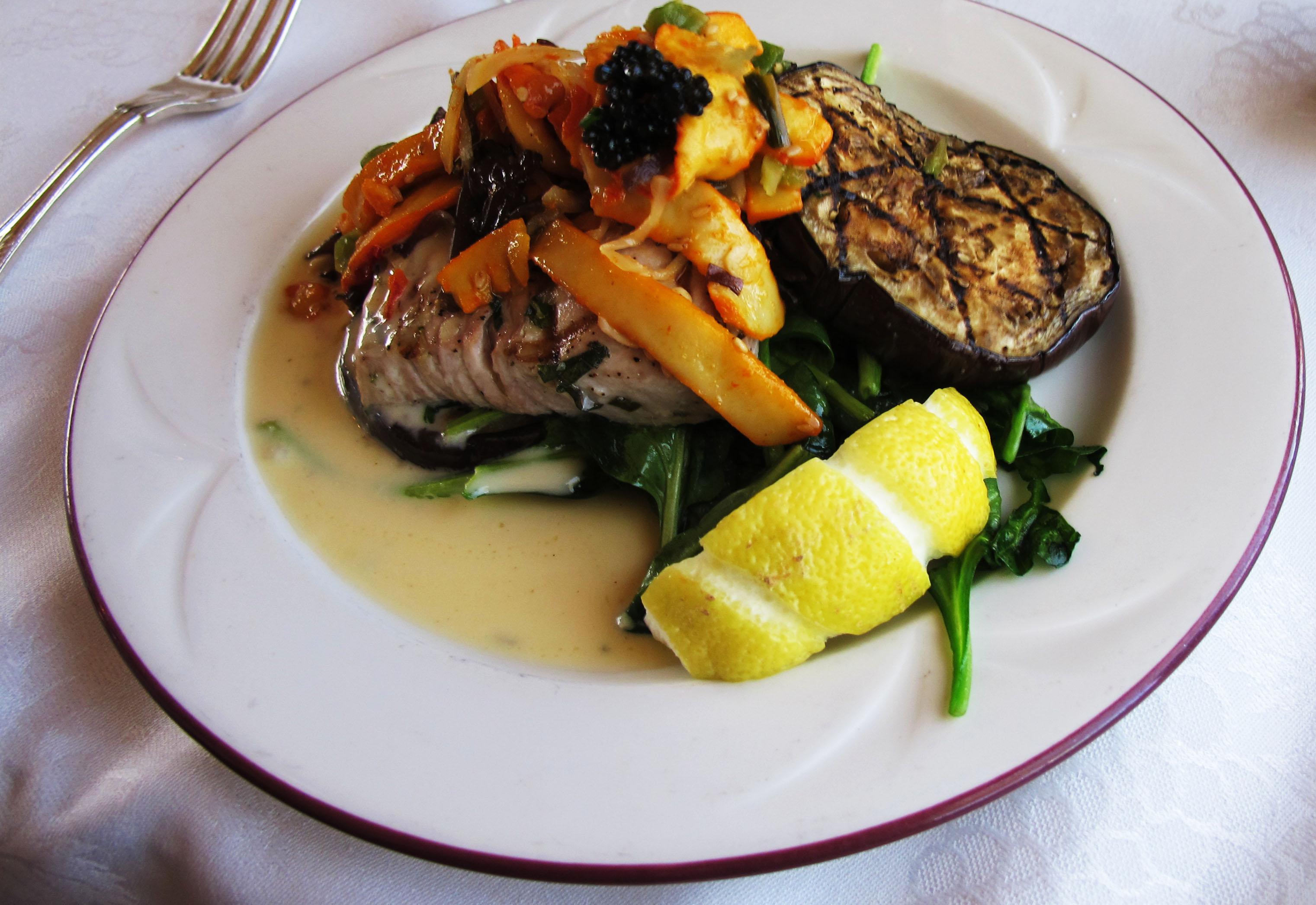 fish_napa_wine_train