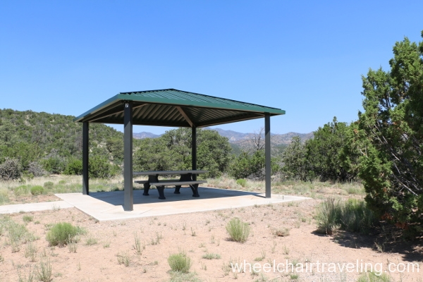 19_Picnic Area, Veterans Memorial Overlook