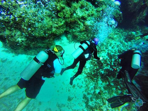 scua_Jessi and dive buddy