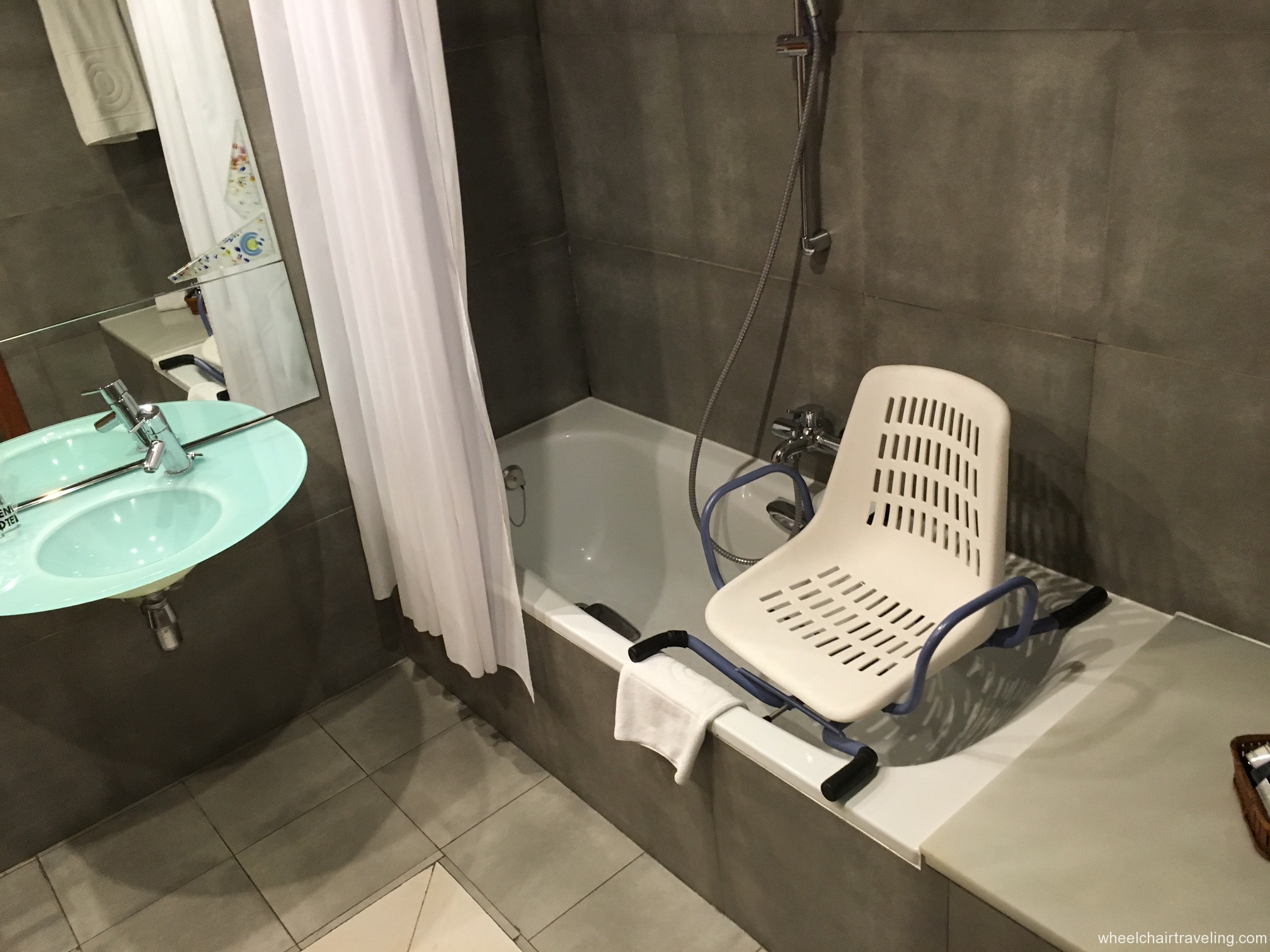 Barcelona hotel bathroom bathtub