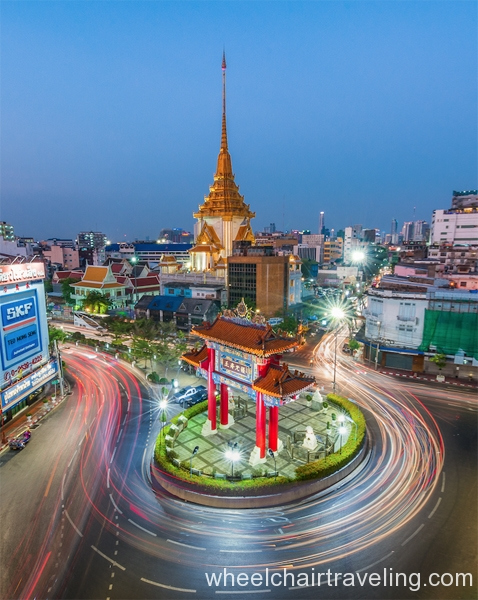 thai7_Wat Trimitr