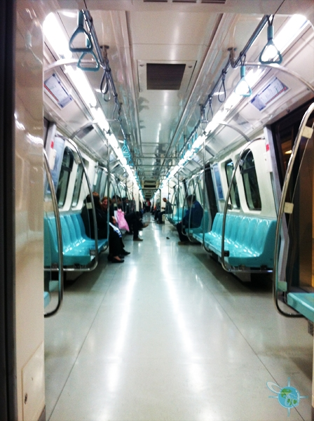 small_Dylan_Y Istanbul subway