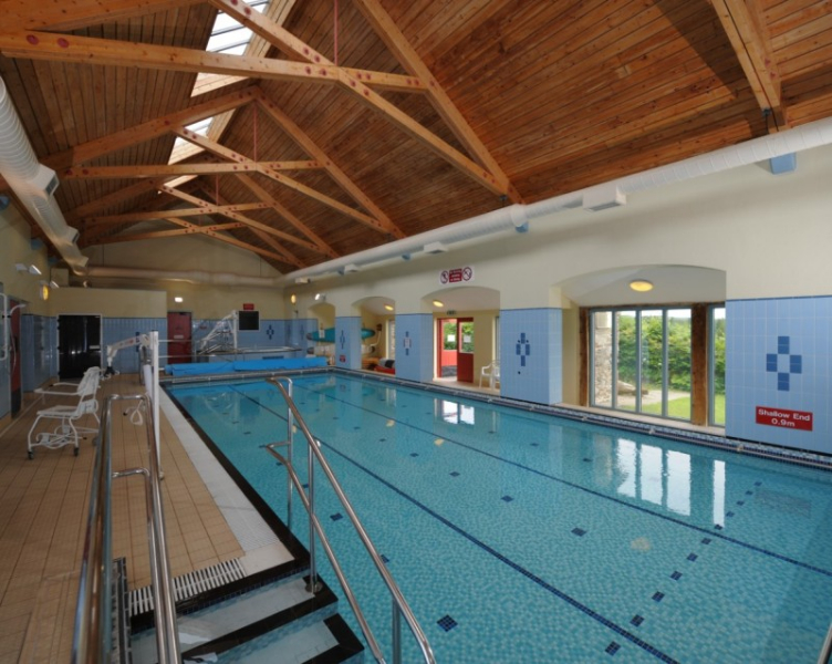The great outdoors for wheelchairs in the uk - Swimming pool wheelchair lift law ...