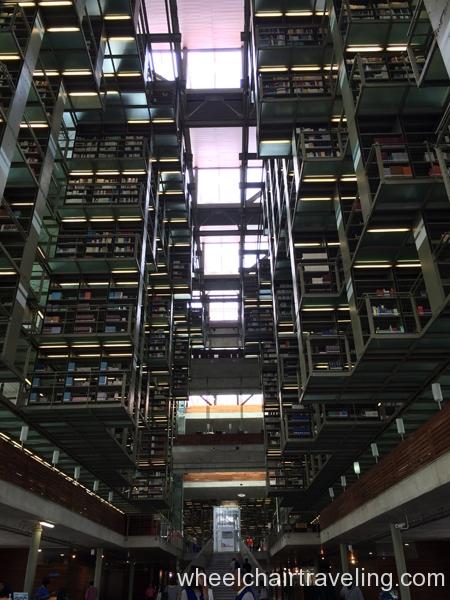 small_Mexico City library