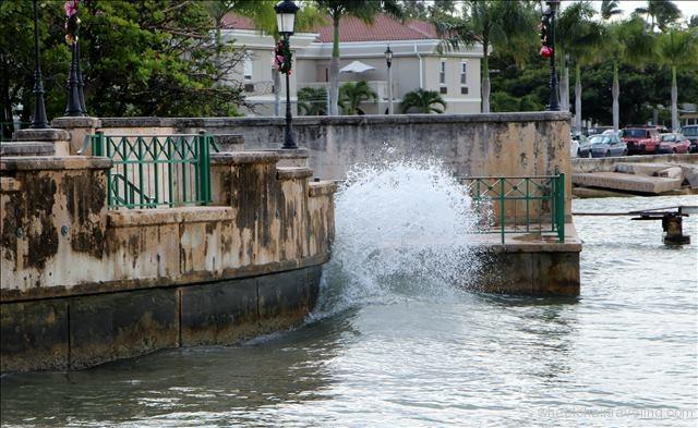 Wave in San Juan