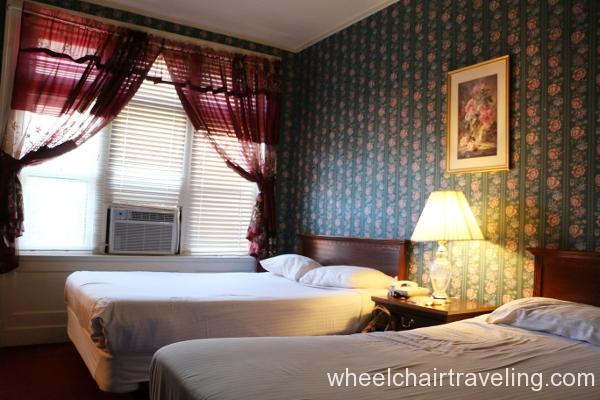 28 Copper Queen Guest Room