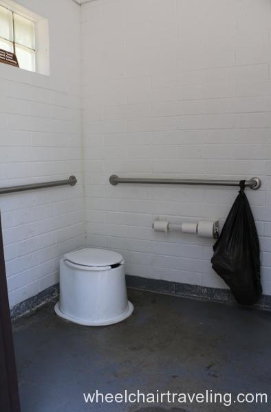 05_Lynx Picnic Area restroom.JPG