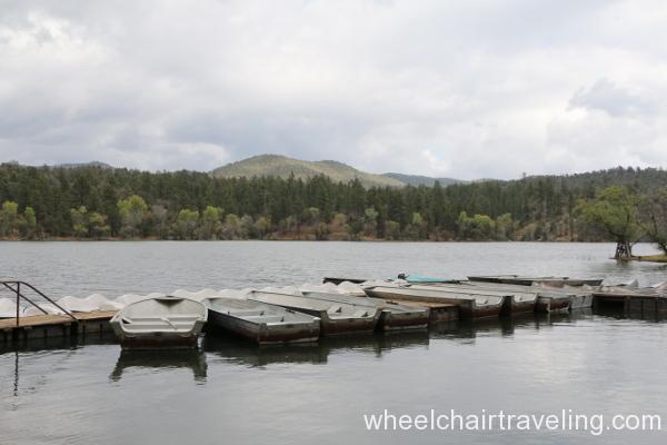 10_Lynx Lake marina.JPG