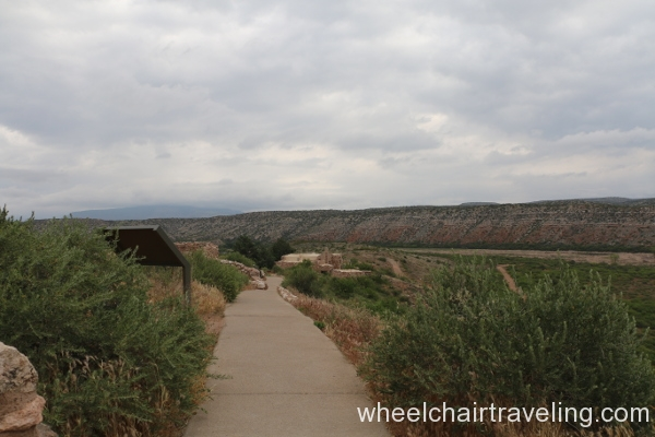 14_Pueblo Trail, Visitor Center at rear.JPG