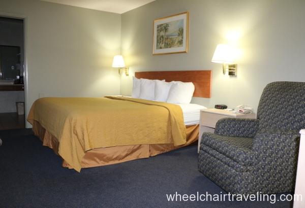 29_Quality Inn Bedroom.JPG