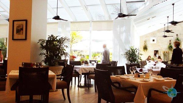 charleston_place_cafe