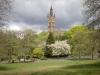 Glasgow University and Steeple Kelvingrove Park