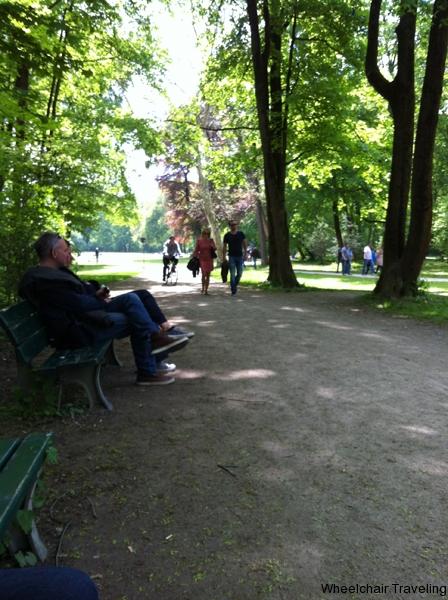 small_Dylan_y Munich Englischer Garten