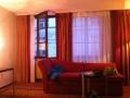 small_Dylan_y Munich hotel_5