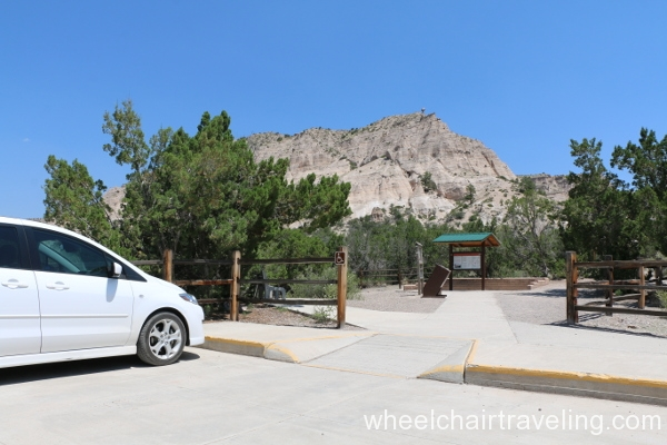 01_Parking at Trail Head