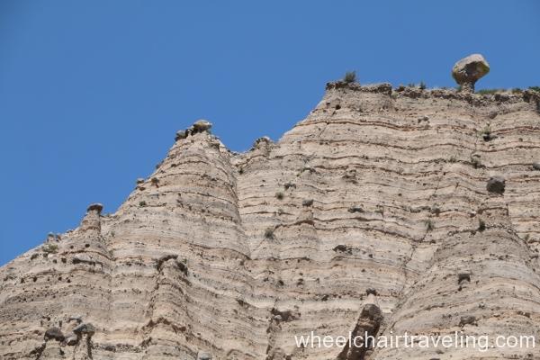 06_Closeup of Balanced Rocks