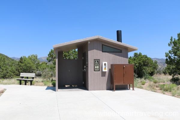 17_Restroom at Veterans Memorial Overlook