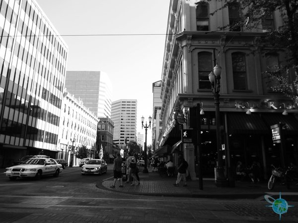 portland_or_downtown_street
