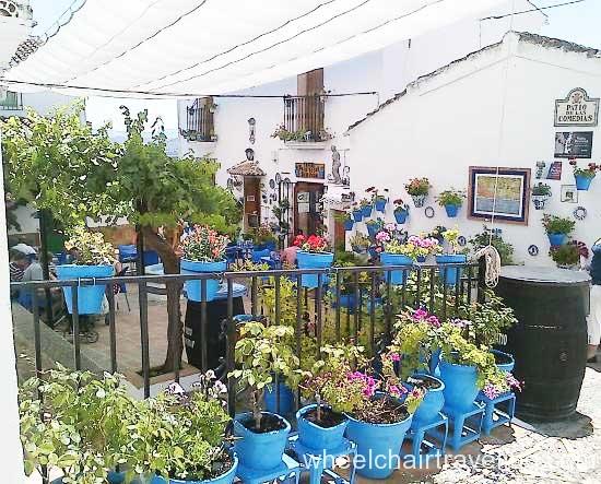 spain_property_patio comeidas iznajar