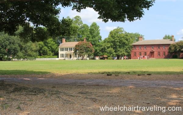 35 Peyton Randolph House at right