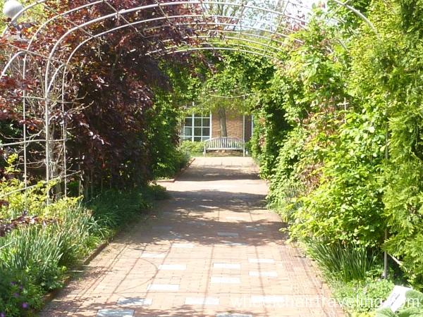 13_Central Garden