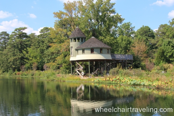 32_Accessible Treehouse Overlooks Sydnor Lake