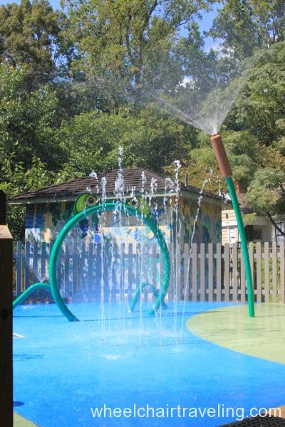 48_Water-play Area in Childrens Garden