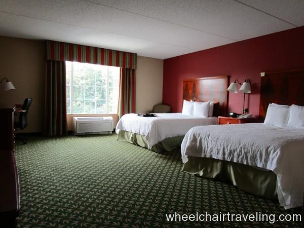 05 Hampton Bedroom