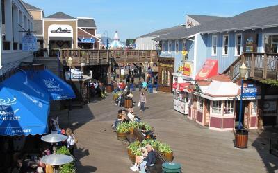 CA, SF: Pier 39, Fisherman's Wharf + Ghirardelli Square
