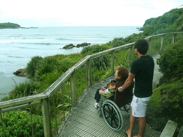 Travel New Zealand by Wheelchair